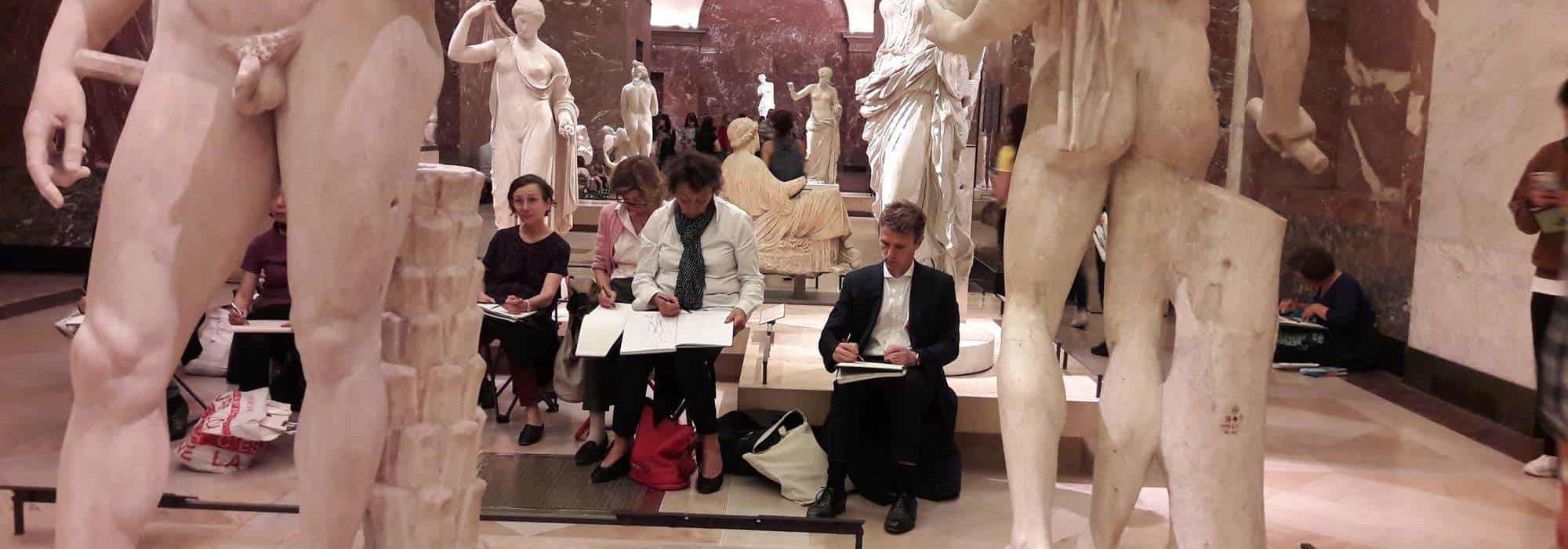 cours de dessin au Louvre